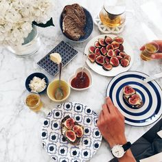 A very special breakfast today inspired by our visit to a small village in… Mimi Ikonn, Lavender Honey, Foods To Eat, How Sweet Eats, Photo Instagram, Diy Food, Summer Recipes, Food Inspiration, Healthy Eating