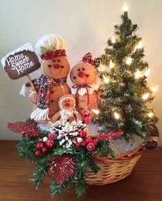 Remarkable home decor scheme to consider, For more wonderful styling , stopover the pin info 7624694 Christmas Tree Village Display, Gingerbread Christmas Decor, Christmas Baskets, Christmas Mantels, Christmas Table Decorations, Christmas Wood, Diy Christmas Gifts, Christmas Wreaths, Christmas Ideas
