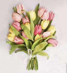 Купить Картина лентами Тюльпаны три цвета 40 х 50 см - Вышивка лентами
