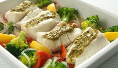 Oven-Baked Norwegian Cod with Pesto Pesto, Norwegian Food, Cod Fish, Cooking Recipes, Healthy Recipes, Looks Yummy, Fish Dishes, Oven Baked, Fish And Seafood