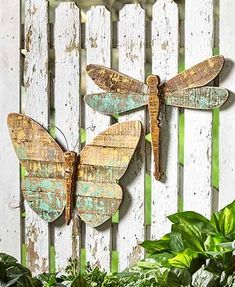 The Distressed Wood Panel Garden Decor brings your love of the outdoors in. It f… The Distressed Wood Panel Garden Decor brings your love of the outdoors in. It features an intentionally distressed finish with traces of paint in shades of blu Pallet Crafts, Pallet Art, Wooden Crafts, Diy Wood Projects, Woodworking Projects, Woodworking Classes, Woodworking Basics, Woodworking Magazine, Woodworking Supplies