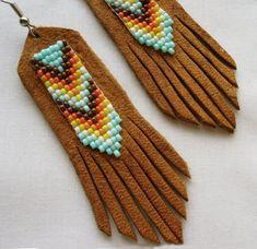 Etsy の Beaded Leather Earrings Meadow Mint by EarthArtistry
