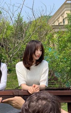 Wiz*one — Lee Chaeyeon Fandom, Yuri, Sakura Miyawaki, Japanese Girl Group, The Wiz, Foto E Video, Asian Beauty, Rapper, Hairstyle