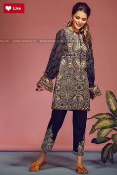 Khaadi T18105 Black Spring Lawn 2018 Volume 1 #Khaadi #KhaadiT18105 Black #KhaadiSpring Lawn Vol 1 #Khaadi2018 #Khaadifashion #womenfashion's #fashion #lasdiesfashion #style #fashion #womenfashion Whatsapp: 00923452355358 Website: www.original.pk