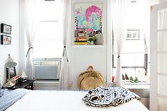 Game-Changing Small Apartment Organization Tips | Small flats ...