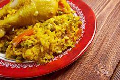 Slow Cooker Arroz Con Pollo - Wonderful Classic Spanish dish!  www.GetCrocked.com