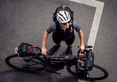 ortlieb 9l handlebar bag - Google Search Nylons, Ortlieb, Bicycle Helmet, Packing, Bags, Bike Stuff, Accessories, Smartphone, Snacks