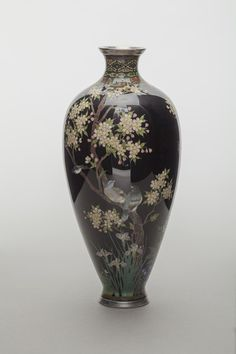 How the Japanese symbol of renewal has inspired artists throughout history, from Utagawa Hiroshige to Vincent van Gogh and Damien Hirst Cherry Blossom Painting, Cherry Blossom Tree, Blossom Trees, Cherry Tree, Art Periods, Japanese Vase, Japanese Symbol, Almond Blossom, Damien Hirst