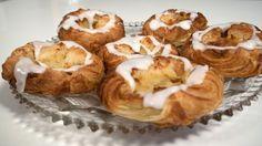 Wienerbrød bagt på smør - spandauer med creme eller syltetøj — Kvalimad