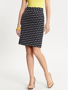Polka dot pencil skirt at Banana Republic.