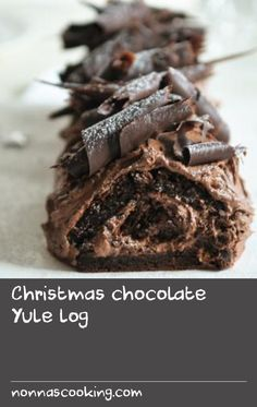 This rich and creamy Yule log is not for the faint-hearted - it's a decadent triple-chocolate Christmas treat, but it's as easy as making a Swiss roll. Swiss Chocolate, Chocolate Roll, Chocolate Cheese, Christmas Chocolate, Christmas Treats, Christmas Recipes, Trifle Recipe, Yule Log, Rolls Recipe