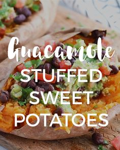 Guacamole Stuffed Sweet Potatoes - Recipes For Dinner Sweet Potato Recipes, Veggie Recipes, Whole Food Recipes, Diet Recipes, Cooking Recipes, Healthy Recipes, Recipes With Guacamole, Vegetarian Recipes Videos, Budget Cooking