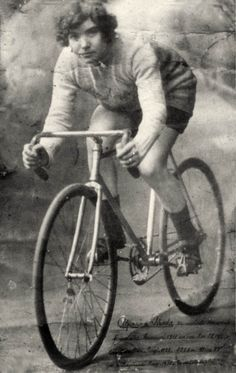 "Alfonsina Strada (1891-1959), the first woman to race in the history of the Italian cycling competition, the ""Giro d'Italia"" - 1924"