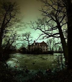 Writing inspiration: Imagine a story opening with this scene, perhaps something spooky...