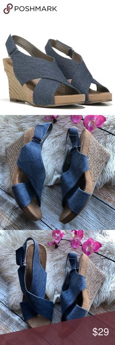 19b30335130 Aerosoles Coco Plush Espadrille Wedges Sandals 11 Item  Good used  condition. Comfortable on the feet. Nice blue denim that looks great with  skinny jeans.