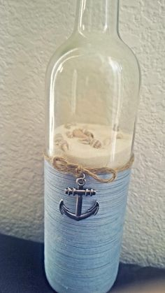 Nautical upcycled wine bottle by SmartHippie on Etsy - Diy Home Crafts Wine Bottle Corks, Glass Bottle Crafts, Bottle Bottle, Bottles And Jars, Glass Bottles, Wine Glass, Perfume Bottles, Wine Craft, Nautical Bathrooms