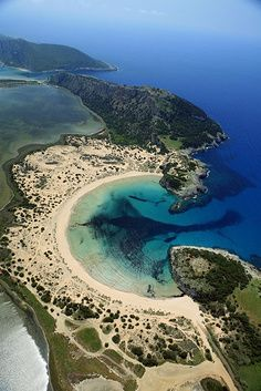 Voidokilia, Messinia, Greece - o. now I wanna go to Greece even more! Dream Vacations, Vacation Spots, Places To Travel, Places To See, Travel Destinations, Wonderful Places, Beautiful Places, Amazing Places, Places Around The World