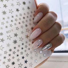 Easy Valentine's Day Nail Art Ideas Designs 2019 - Nageldesign - Nail Art - Nagellack - Nail Polish - Nailart - Nails - Perfect Nails, Gorgeous Nails, Trendy Nails, Cute Nails, Milky Nails, Bride Nails, Wedding Nails, Foil Nails, Dream Nails