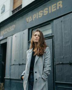 Alex Socks (@alexsocks) • Photos et vidéos Instagram Winter Jackets, Socks, Instagram, Photos, Fashion, Winter Coats, Moda, Pictures, Winter Vest Outfits