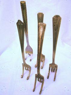 Fork it Over ~ Fork Easels