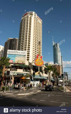 Date taken: 19 September 2015 - - Busy junction of Cavill Avenue & Surfers Paradise Boulevard at Surfers Paradise on the Gold Coast in Queensland, Australia Contributor: richard sowersby / Alamy Stock Photo Image ID: FNG8G1 File size:  69.1 MB (2.8 MB Compressed download)  Dimensions: 4016 x 6016 px   34 x 50.9 cm   13.4 x 20.1 inches   300dpi Releases: Model - no   Property - no   Do I need a release? Date taken: 19 September 2015 File Size, Queensland Australia, Surfers, Gold Coast, Paradise, September, Stock Photos, Business, Model