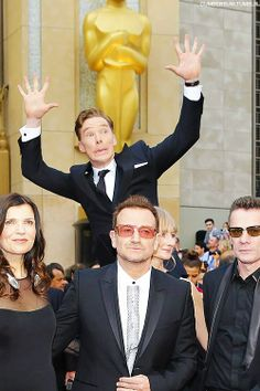 Go to the Oscars looking devastatingly handsome, check. Photobomb U2, check. Everything else on the list, unimportant.