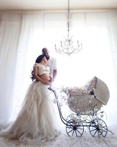 Couple Pregnancy Photoshoot, Maternity Dresses For Photoshoot, Cute Maternity Outfits, Maternity Fashion, Maternity Style, Girl Maternity Pictures, Kobe Bryant Family, Kobe Bryant Pictures, Pretty Pregnant