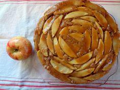 Upside Down Bourbon-Caramel Spiced Apple Cake: The Briarwood Baker.