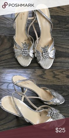 Kate spade dress sandals Beautiful dress sandals by Kate Spade. In a gorgeous champagne color leather and adorned with a beautiful rhinestone feature. Heel height is approximately 2.5-3 inches. Strap is adjustable. Don't miss this! Worn 2x! kate spade Shoes Sandals