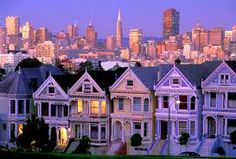 California -San Francisco - Painted Ladies at Alamo Square and skyline. Certain places you don't want to leave, San Francisco was one of mine. Living In San Francisco, San Francisco California, California Usa, San Francisco Skyline, Oh The Places You'll Go, Places To Travel, Places To Visit, Lac Tahoe, Beautiful World
