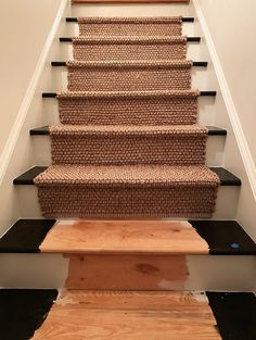 Buying and installing a staircase runner is made easy with these tips and tricks. Learn how to prep and fully paint stairs or paint and install a runner. Basement Staircase, Staircase Runner, Staircase Remodel, House Stairs, Modern Staircase, Staircase Design, Painted Staircases, Painted Stairs, Foyers