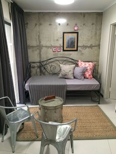 Bachelor apartment - Lounge/Bedroom