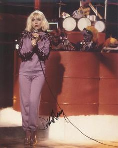 Image shared by Christopher Maland. Find images and videos about debbie harry and the muppet show on We Heart It - the app to get lost in what you love. Blondie Debbie Harry, Chris Stein, Non Plus Ultra, Women Of Rock, The Muppet Show, Estilo Rock, Joan Jett, Female Singers, Actresses