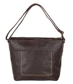 Bag Barmouth van Cowboysbag is vervaardigd van hoogwaardig leer en is afgewerkt met brons kleurige studs! (€169,95)