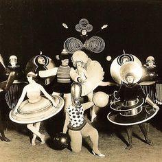 Oskar Schlemmer's Triadisches Ballet (Triadic Ballet) of 1922 was a dance in three parts whose geometrically ...