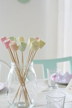 my wedding will probably consist of a bonfire for the reception so these would be perfect centerpieces for s'mores :) Marshmallow Centerpieces, Marshmallow Skewers, Marshmallows, Mini Dessert Shots, Mini Desserts, Macarons, Wedding Theme Inspiration, Wedding Ideas, Mini Pastries