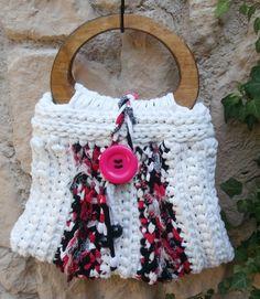 Tasche, Handtasche aus Zpagettigarn weiß  von La Isla San auf DaWanda.com