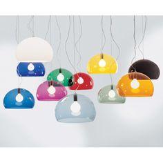 FL/Y taklampe fra Kartell, design Ferruccio Laviani.Fly er en pen lampe fra Kartell som gjør seg lik...
