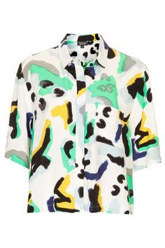 Topshop Paint Animal Shirt // Hukk to find out when it goes on sale! Fashion Fabric, Fashion Prints, Fashion Design, Memphis, Style Retro, My Style, Animal Print Shirts, Conceptual Fashion, Topshop