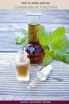 Lemon balm tincture is an effective herbal formulation with a calming effect on emotional stress that enhances your mood. This potent and safe herbal extract may also help you with insomnia and indigestion. Healing Herbs, Medicinal Herbs, Natural Home Remedies, Herbal Remedies, Diy Natural Beauty Recipes, Diy Beauty, Holistic Nutrition, Nutrition Tips, Vegan Recipes Plant Based