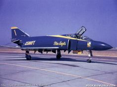 McDonnell Douglas F-4J Phantom II - Blue Angels, United States Navy (USN)…
