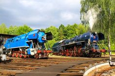 ČD 043 at Luzna u Rakovnika Holland, Train Times, Old Trains, Train Engines, Steam Engine, Steam Locomotive, Us Travel, Techno, Diesel