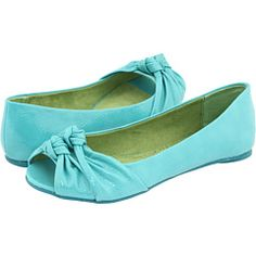 Turquoise with open toe and pretty knot design Turquoise Wedding Shoes, We Wear, How To Wear, Open Toe, Knot, Bows, Buttons, Flats, Weddings