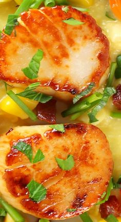 Pan-Seared Sea Scallops with Corn Puree - delicious, decadent, & low-calorie. Pureed Food Recipes, Fish Recipes, Seafood Recipes, Yummy Recipes, Dinner Recipes, Healthy Recipes, Corn Puree Recipe, Mixed Seafood Recipe, Seafood Buffet