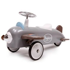 This ride on avion speedster Plane car by Baghera is just what every young aviator dreams! This toy plane has been built to last with a padded seat, sturdy metal body and rubber tyres Toddler Toys, Baby Toys, Stuffed Animals, Wooden Ride On Toys, Scandinavian Nursery Furniture, Toy Playhouse, Retro, Travel Systems For Baby, Baby Accessoires