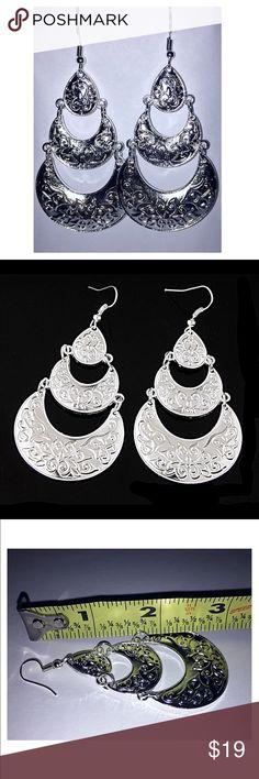 🖤Silver Tiered Crescent Earrings NWT Silver Tiered Crescent Earrings NWT: large, tiered, silver alloy earrings. Jewelry Earrings