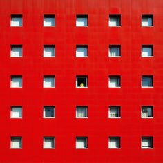Colorful Minimalist Architecture Shots – Fubiz Media