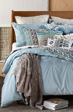 Pastel blue bedding for spring.  #UOContests #UOonCampus