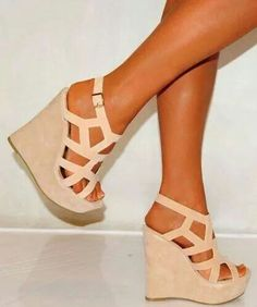 Beige geometric cuts wedge.