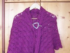 Crocheted Shawl for a gift Crochet Shawl, Mom, Gifts, Presents, Gifs, Crochet Scarfs, Gift